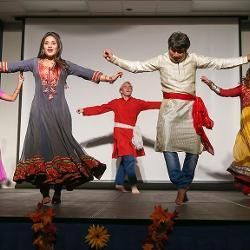 Six dancers at India night