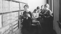 Women in the library in the 1930s