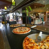 pizza at Squires