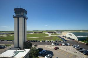 grand forks airport air traffic control tower
