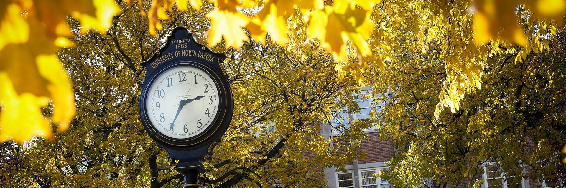 UND clock during fall