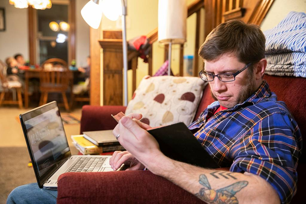 UND special education alum earned his degree online