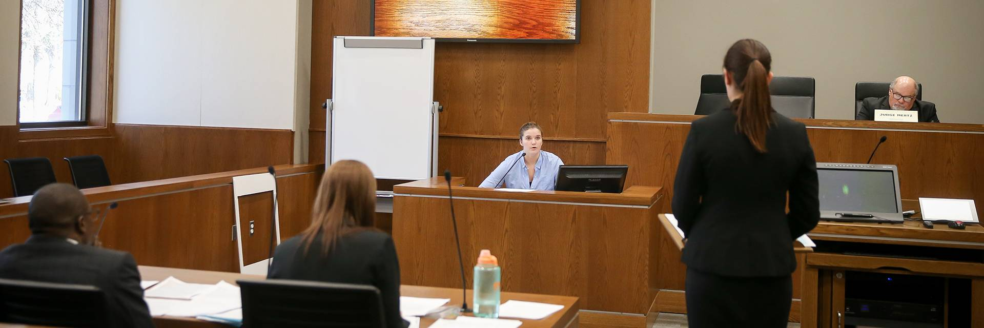 forensic psychology witness testifying during trial