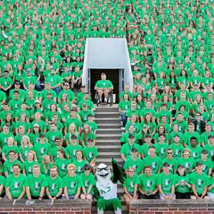 group photo of UND students