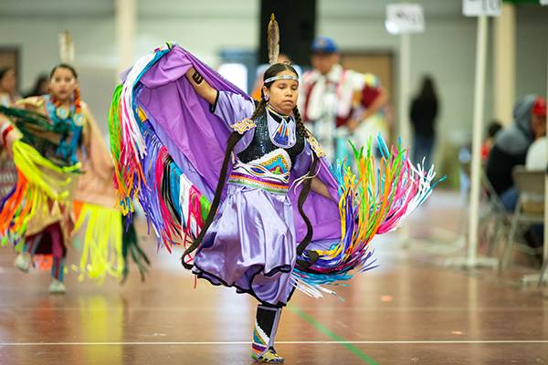 dancer at UND wacipi powwow